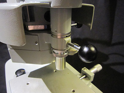 Shimadzu Vickers Microhardness Tester Type M, lens